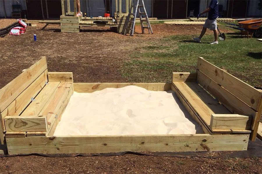 How to build a sandbox with lid and seats velcromag for Sandbox with built in seats plans