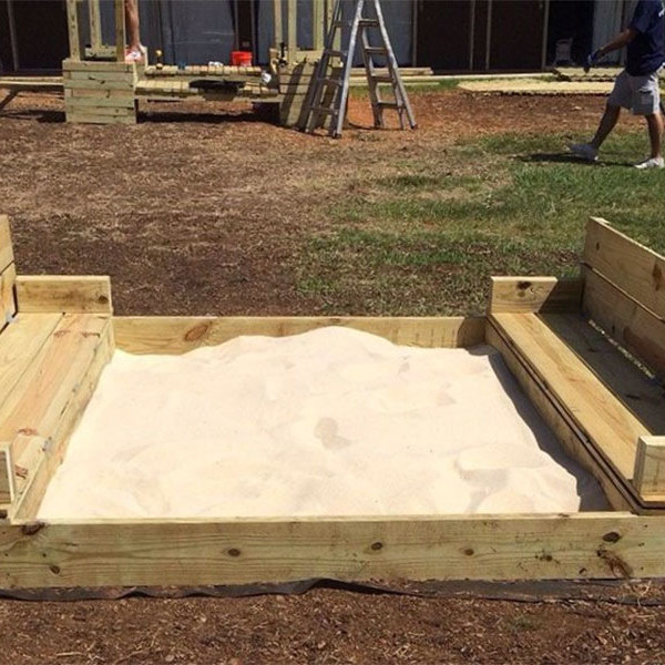 How to Build a Sandbox with Folding Lid and Seats